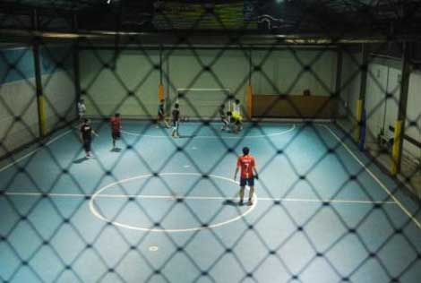 Pertandingan futsal di Primaraga Futsal