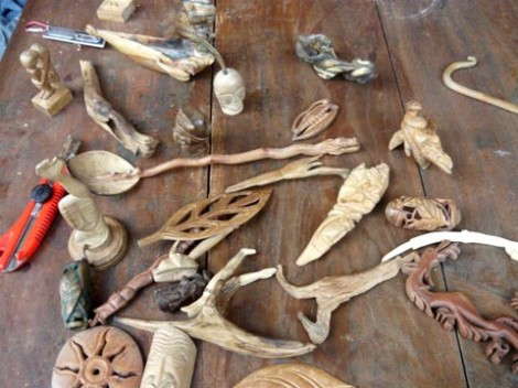 Cukil kayu karya Komunitas Anak Seribupulau