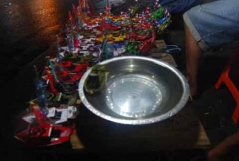 Mainan kapal-kapalan yang ada di Maleman Sekaten