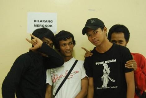 Punk Muslim