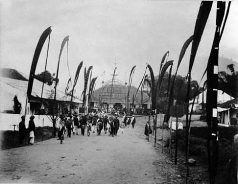 Pembukaan jalur kereta api Padang Panjang, sekitar tahun 1895