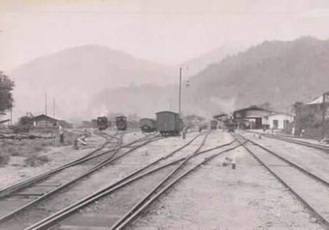 Keadaan Stasiun KA Padang Panjang jaman dahulu