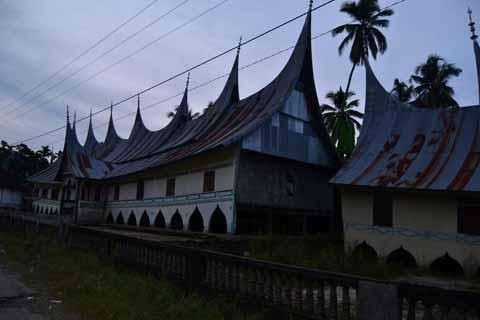 Salah satu Rumah Gadang di Abai