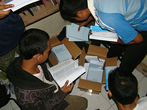Buku Untuk Semua -- Saidjah Forum