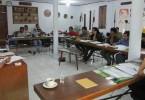 Para peserta menyimak materi dari Hikmat Budiman