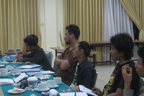 Dari kanan: Manshur Zikri, Anib Basatada Wicaksono, Albert Rahman Putra, Pijar Crissanti, Muhammad Sibawaihi