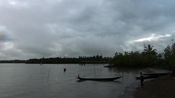 """Cuplikan filem """"Cerita dari Pulau Karaka"""""""