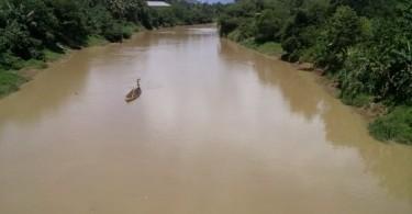 Sungai Ciujung dilihat dari atas Jembatan Keong.