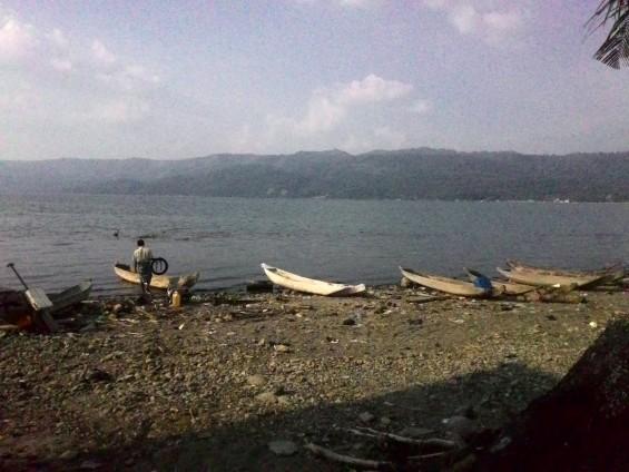 Tepian danau di daerah Saniang Baka.