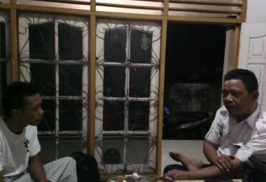 LOMBOK UTARA, 14 Februari, 2016: Bapak Rifa'i, Ketua BPPD Lombok Utara, berkunjung ke kantor pasirputih.